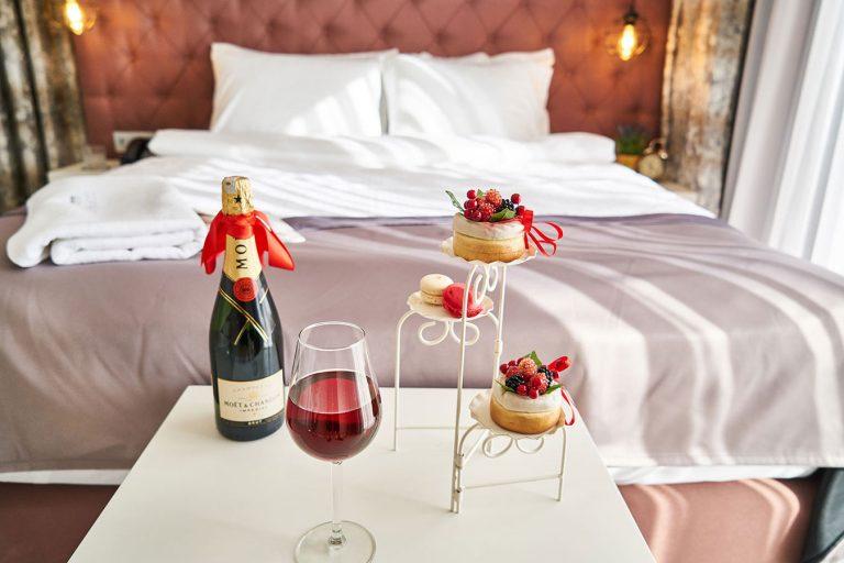 Hotel Bedroom Photography Services | Beeanerd